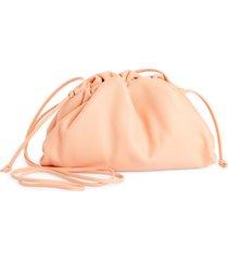 bottega veneta the mini pouch leather clutch - coral