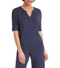 women's nic+zoe eaze v-neck top, size small - blue