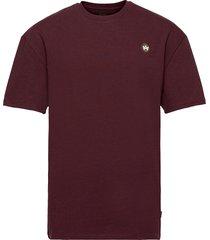 martin recycled cotton boxfit t-shirt t-shirts short-sleeved röd kronstadt