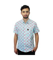 camisa estampada camaleão urbano flamingos azul claro