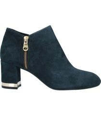 angelo bervicato ankle boots