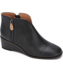 gentle souls by kenneth cole women's ella wedge zip 2 booties women's shoes