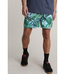 short masculino estampado de folhagens com bolsos verde