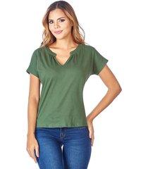 camiseta custom escote en v verde militar