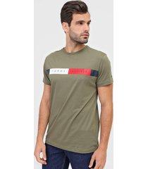 camiseta tommy hilfiger logo verde - verde - masculino - algodã£o - dafiti