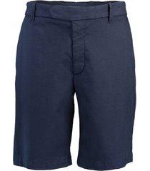 stretch cotton flat-front bermuda chino shorts