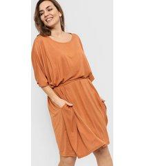 vestido camel vindaloo lazo