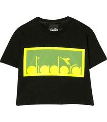 diadora black cropped t-shirt