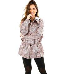 chaqueta rompevientos estampada - mujer