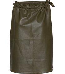 13634 knälång kjol grön depeche
