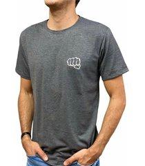 camiseta básica big logo gris oscuro fist