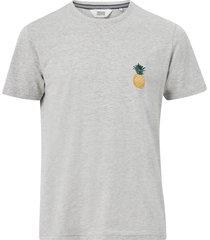 t-shirt sdruben