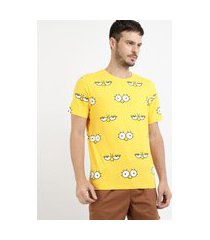 camiseta masculina estampada olhos de lisa simpson manga curta gola careca amarela