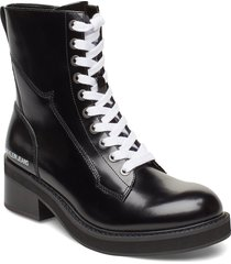 ebba shoes boots ankle boots ankle boots flat heel svart calvin klein
