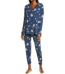 women's nordstrom moonlight v-neck pajamas, size x-small - blue