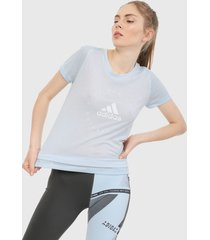 camiseta azul claro adidas performance estampada slim