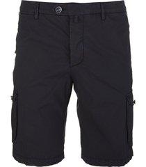 multi-pocket bermuda shorts
