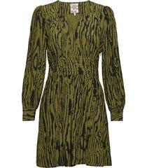 astrella korte jurk groen baum und pferdgarten