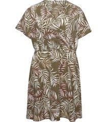 carluxmai ss wrap knee dress aop kort klänning grön only carmakoma