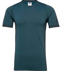 freelift pk tee t-shirts short-sleeved grön adidas performance