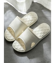 non-slip soft slippers