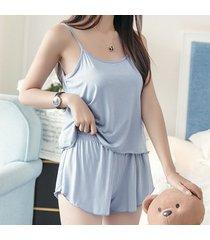 camisole cortos traje femenino está tocando fondo, camiseta fresca pequeña de verano