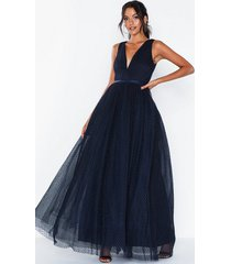 dolly & delicious cut out back plunge front prom dress maxiklänningar