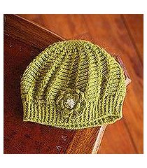 100% alpaca hat, 'blossoming green' (peru)