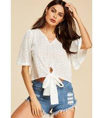 yoins blusa de media manga con cuello en v bordado con diseño hueco blanco