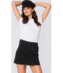 mango frayed edges denim skirt - black