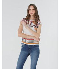 camiseta estampados combinados