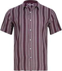 camisa líneas verticales color vino, talla l