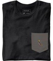 camiseta malha preta bolso grafite reserva - masculino