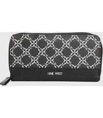 billetera negro-blanco nine west
