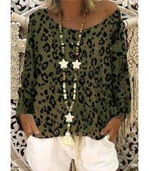 camicetta a maniche lunghe con stampa leopardata sulle spalle