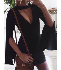 mangas de campana con cuello en v y cuello de pico negro vestido