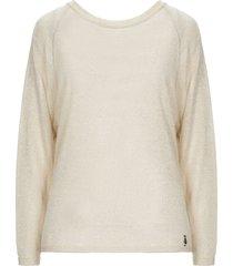 siste' s sweaters
