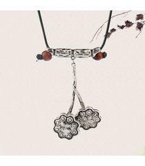 collana lunga del pendente del pendente di seedpod dei fiori etnici della collana delle donne dell'annata d'argento della pianta
