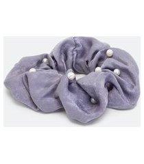 scrunchie tecido efeito acetinado com pérolas   accessories   cinza   u