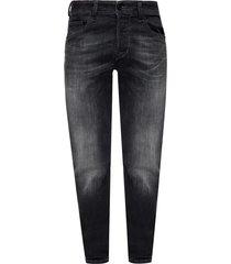 'larkee beex' distressed jeans