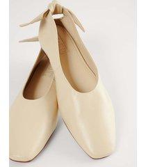 na-kd shoes ballerinaskor med läderrosett - beige