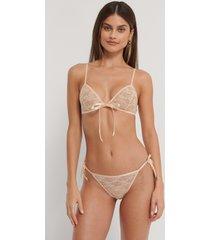 na-kd lingerie string med spetsband i sidan - offwhite