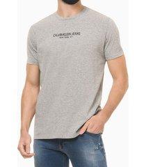 camiseta masculina estampa nas costas reverse cinza mescla calvin klein jeans - p