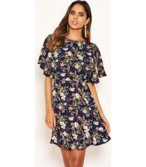 ax paris women's floral print cross back dress