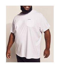 camiseta masculina pipe plus size bordado e bolso manga curta gola careca branca