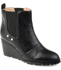journee collection women's comfort jessie bootie women's shoes