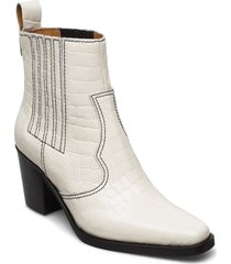western boot belly croc shoes boots ankle boots ankle boot - heel creme ganni
