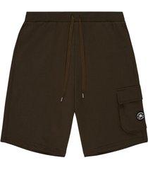 chuck taylormodern cargo bermuda shorts