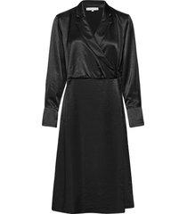 sreliza wrap dress knälång klänning svart soft rebels