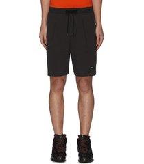 pleat stretch shorts